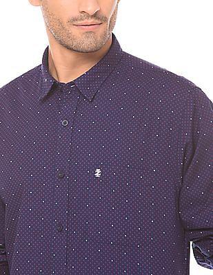 Izod Slim Fit Star Print Shirt