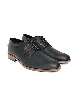 Arrow Patterned Leather Derby Shoes