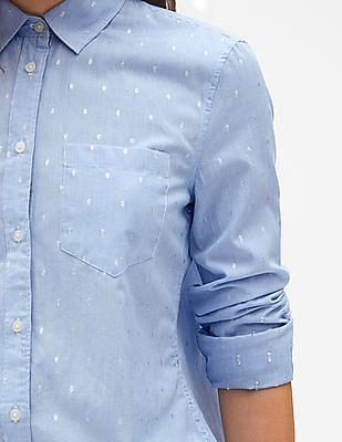 GAP Women Blue Fitted Boyfriend Stripe Shirt in Metallic Clip Dot