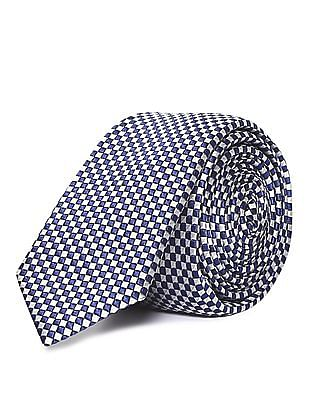 Arrow Check Pattern Tie