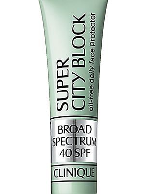 CLINIQUE Oil Free Daily Face Protector Broad Spectrum SPF 40