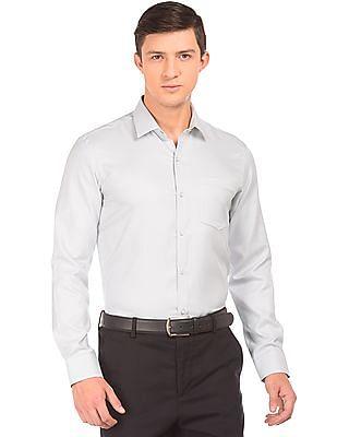 Arrow Slim Fit Stitchless Shirt