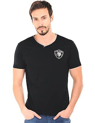 Flying Machine Solid V-Neck T-Shirt