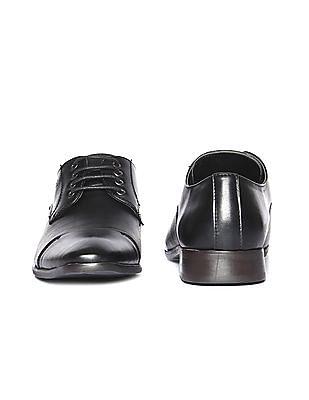 Arrow Cap Toe Textured Derby Shoes