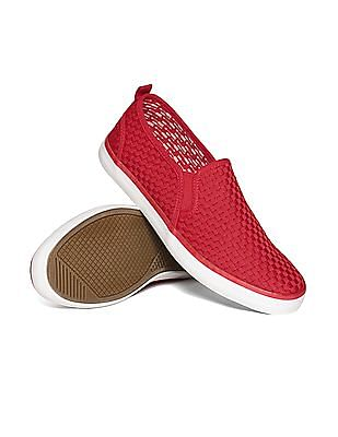 Aeropostale Contrast Sole Canvas Slip-On Shoes