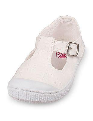 The Children's Place Toddler Girl Eyelet Skipper Sneaker