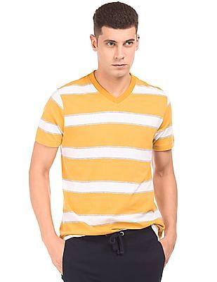 Aeropostale Regular Fit Striped T-Shirt