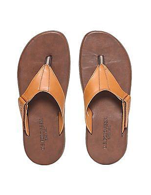 U.S. Polo Assn. Contrast V-Strap Sandals