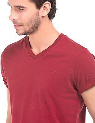 Aeropostale Solid Regular Fit T-Shirt