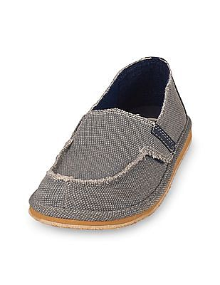 The Children's Place Boys Strap Deck Shoe
