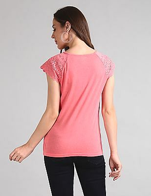 GAP Women Pink Eyelet Embroidered Crewneck T-Shirt